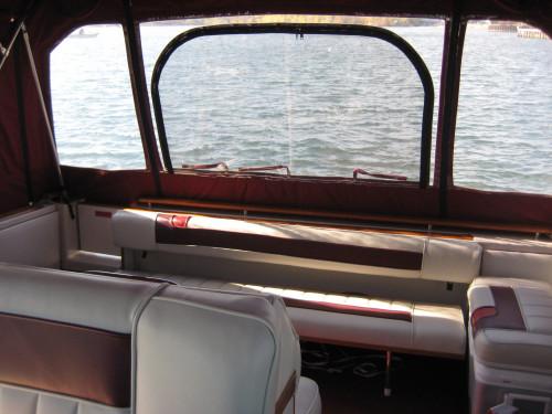"""'88 28' SEA RAY SUNDANCER W/ TWIN MERC V6 I/O""""S"""