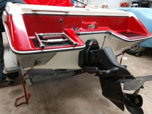 1990 SUNBIRD CORSAIR 185 OPEN BOW W/ 175 HP I/O
