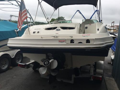 2007 SEA RAY 220 SUNDECK DECK BOAT W/ MERC 350 MAG MPI BRAVO III I/O