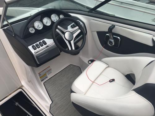 2018 REGAL 2000 ES BOW RIDER W/ VOLVO V6 200 SX G5 I/O