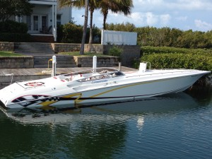 2004 42' FOUNTAIN LIGHTNING STAGGERED OFFSHORE PERFORMANCE W/ TWIN 500 HP'S & TRAILER