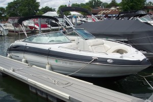 2010 CROWNLINE 240 LS OPEN BOW W/ 350 MAG MPI BRAVO III I/O