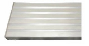 Aluminum Rolling Ladder_Ribbed treads