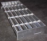 Serrated Tread Aluminum Space Saver Crossover Ladder