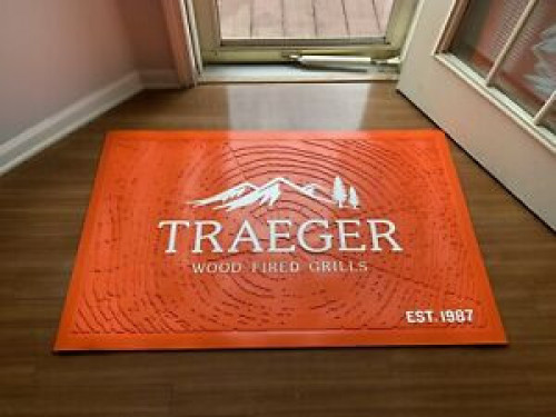 Traeger Pellet Grills Genuine Accessory - Logo Orange MAT
