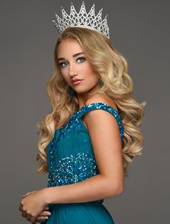 Mrs. Mabelle Kertzmann Jr. Miss Junior Teen New York United States - 2019