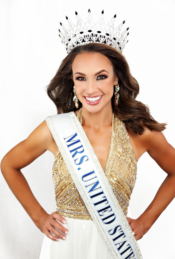 Lindsay Closson Mrs. United States - 2019