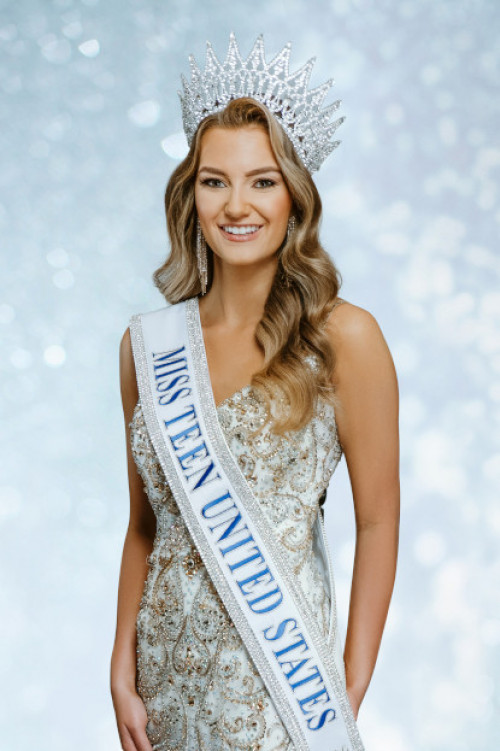 Haley Helmin Miss Teen United States - 2020