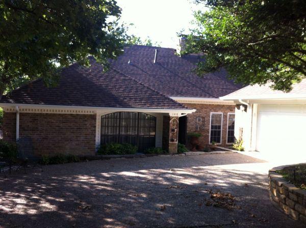 Laminated lifetime shingle in Dallas TX