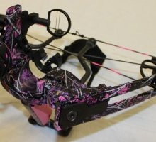775 Muddy Girl - Female Hunting Bow