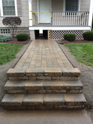 Steps/Walkway After