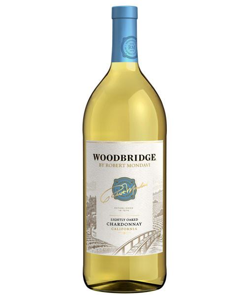 Woodbridge Lightly Oaked Chardonnay 1.5L NV