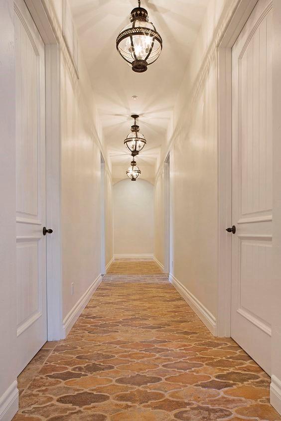 Arabesque Shaped Hallway Tile