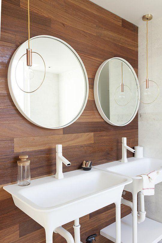 tile that looks like wood in the bathroom
