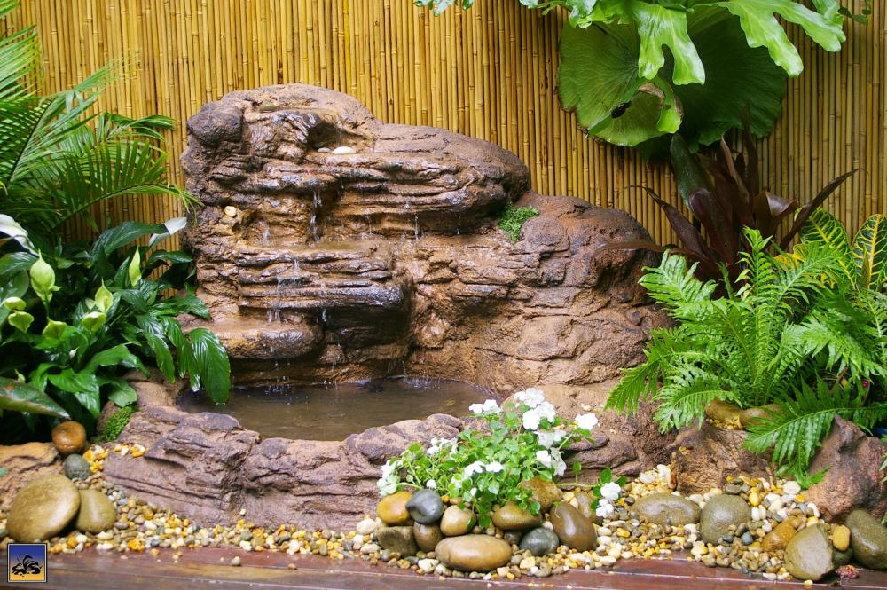 Self-Contained - Wall Waterfall Pond (self-contained unit) WWP-002
