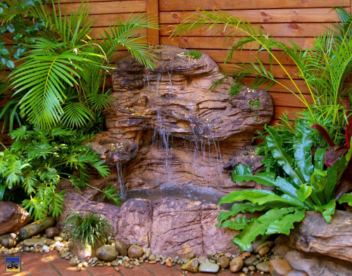 Large Corner Waterfall-LCW-001