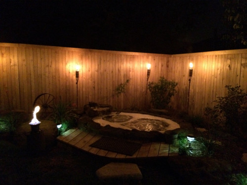 Small Rock Hot Tub / Spa