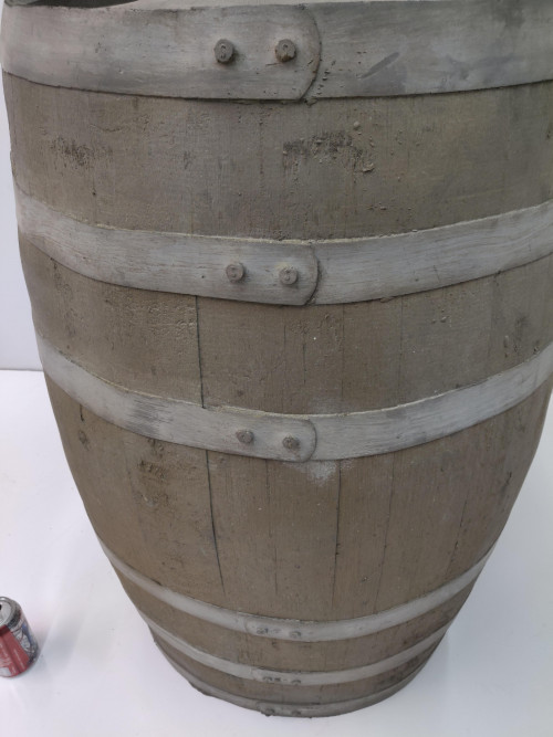 "Bargain-006 ""Large Whiskey Barrel"""