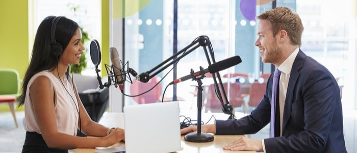 How Podcasting Fits  With  Healthcare Marketing