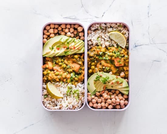 Chickpea, rice, salmon and avocado meal.