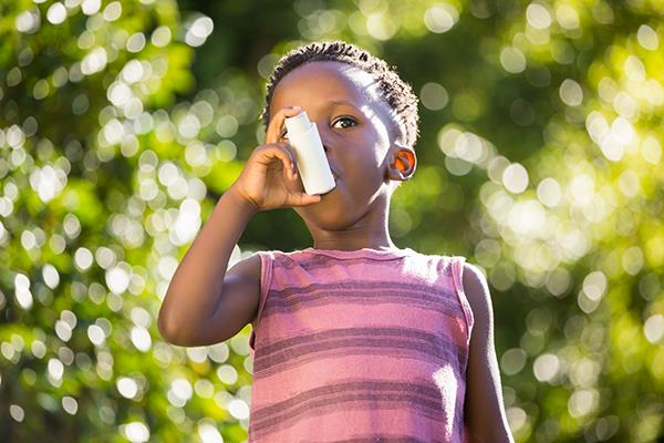Research says black and Latino kids need asthma help