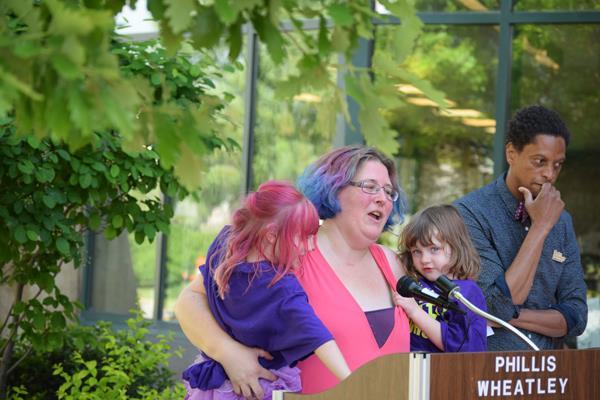 "Neighborhood unveils ""Story Walk"" at library"