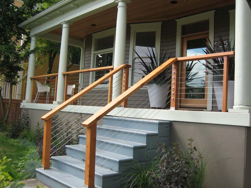 Durable Aluminum and Stainless Cable Railings