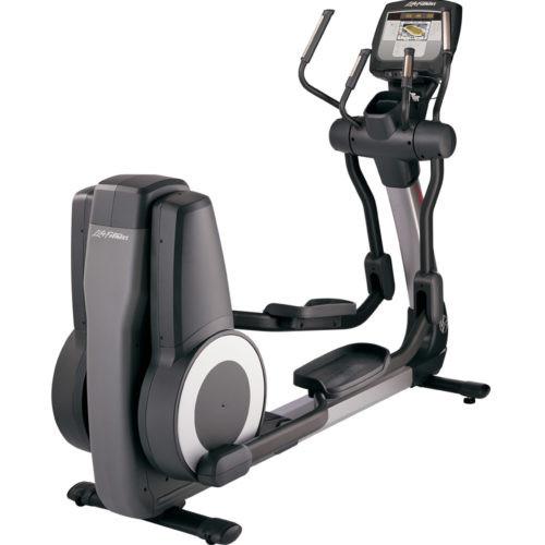 Life Fitness 95X Achieve Elliptical- (Remanufactured)