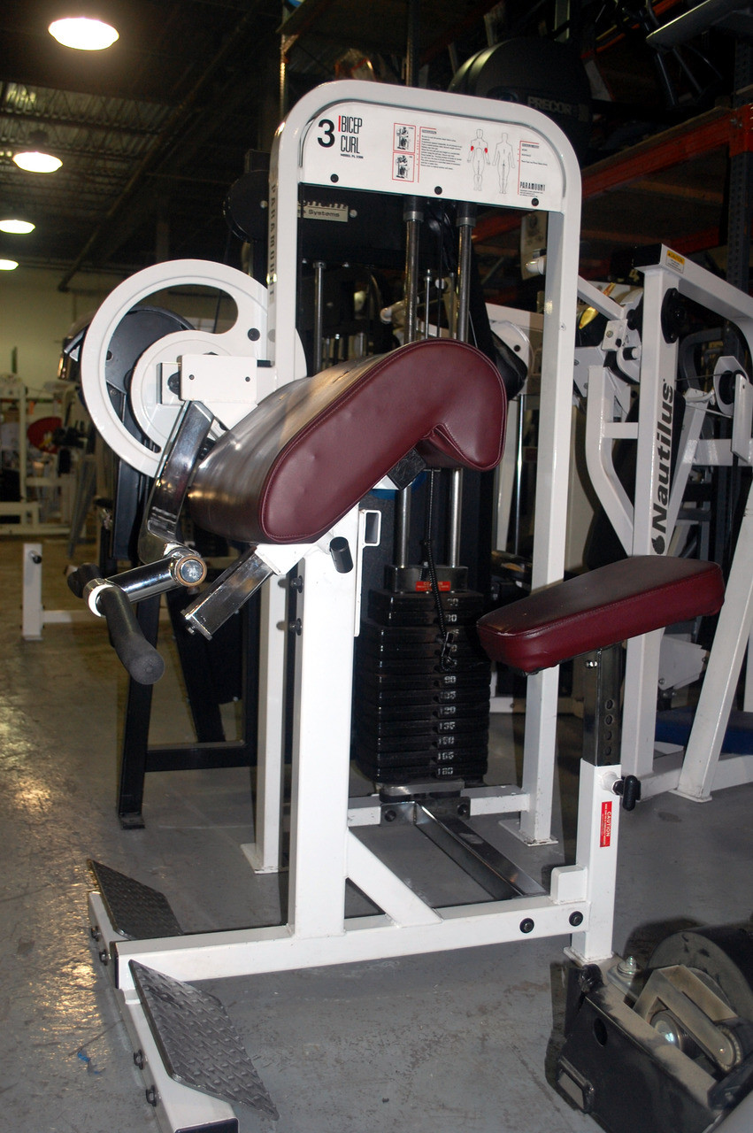 Paramount Selectorized Bicep Curl Pl 2300 - Remanufactured