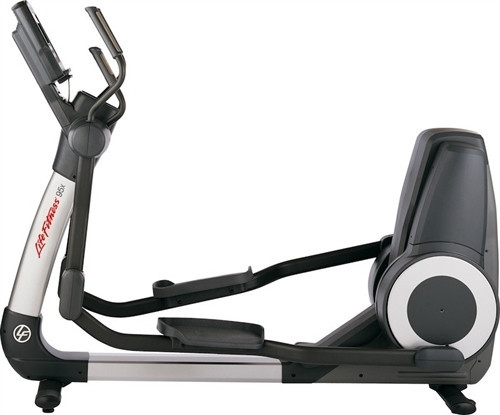Life Fitness 95X Engage Elliptical - Serviced