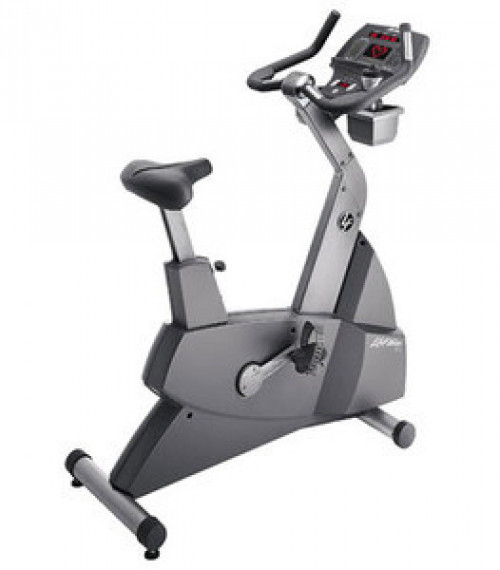 Life Fitness 95Ci Upright Exercise Bike - Remanufactured