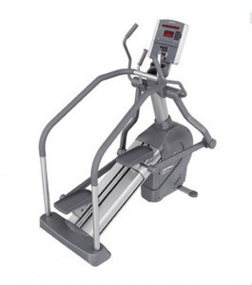 Life Fitness 95LI Summit Trainer - Serviced