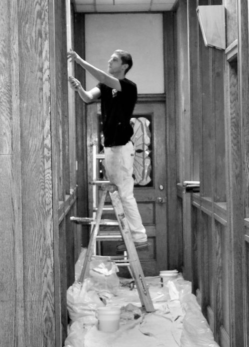 Working with ladders Painting