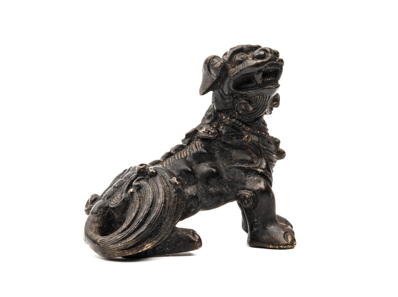 Chinese bronze dog paperweight