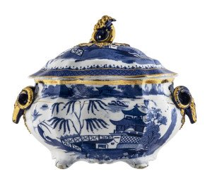 A 19th Century English Chinoiserie Blue Willow Pattern Rams Head Gilt Decorated Soup Tureen