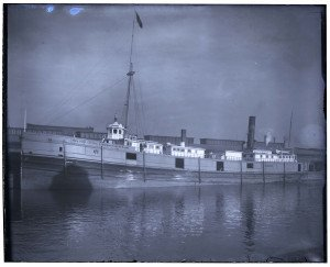 An Antique Glass Plate Negative Photograph Of Ship NY Central & Hudson River RR Line Boston