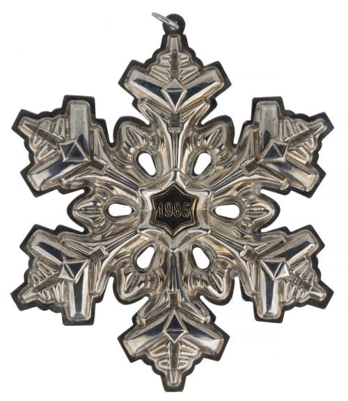 A Vintage 1985 Gorham Sterling Silver Gold Filled Christmas Ornament