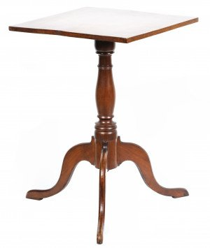 An Antique 19th Century Mahogany Square Top Side Table