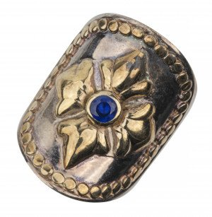 A Vintage Baroque Style Sterling Silver 925 Blue Sapphire Inlaid Ring Size 7