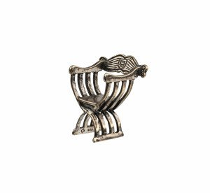 A Vintage 925 Sterling Silver Signed Arm Chair Pin