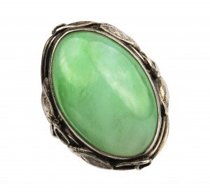 A Vintage Cabochon Mounted Jadeite Ring Size 5.5