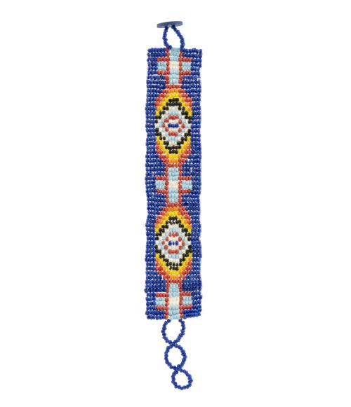 A Vintage Southwest Native American Style Beaded Bracelet