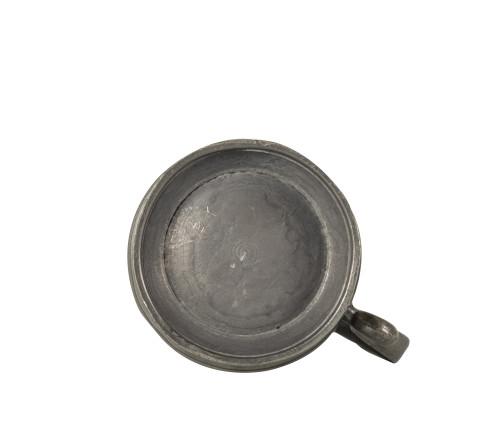 An Antique Pewter 1.2 Pint Measurement Vessel 1826