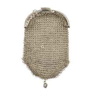A Vintage Chain-Mail 3 Pocket Coin Purse