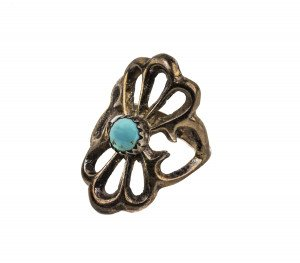 A Vintage Southwest Style Silver Tone Turquoise Inlaid Ring Size 6