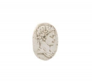 An Antique Grand Tour Of Europe Plaster Roman Profile Medallion