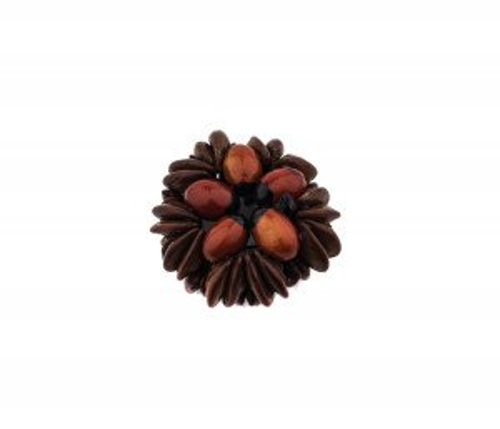 A Vintage Handmade Nut Form Wreath Button
