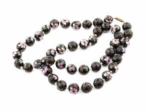 A Vintage Chinese Cloisonné Ebony Field Beaded Necklace