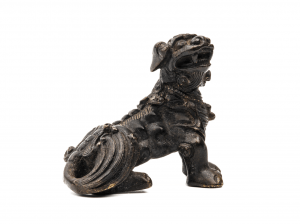 Chinese bronze dog paperweight