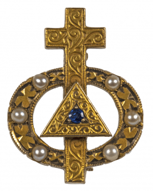 An Antique 10k Gold Sapphire & Pearl Mounted Crucifix Pendant Pin